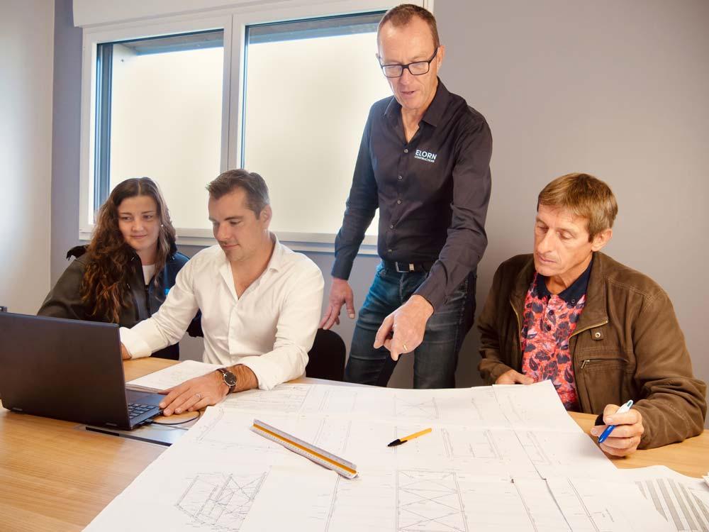 Elorn constructions equipe professionnels